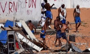 Đụng độ băng đảng trong nhà tù Brazil, hơn 50 người chết - VnExpress
