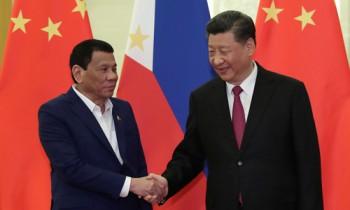 Duterte cho phép đóng dấu vào hộ chiếu in 'đường 9 đoạn' của Trung Quốc