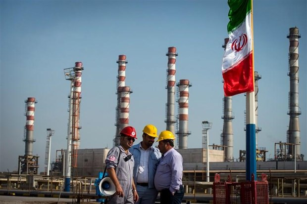 Iran lên kế hoạch xây dựng kho cảng dầu mới ngoài vùng Vịnh