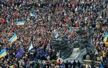Tổng thống Ukraine hối thúc người tuần hành không kích động bạo lực