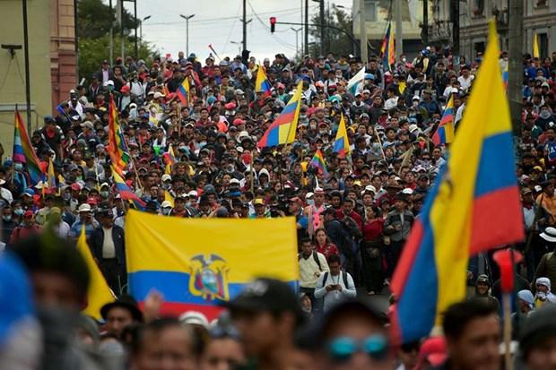 Quân đội Ecuador tuyên bố dỡ bỏ một phần lệnh giới nghiêm