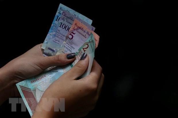 venezuela tang gan gap 4 lan luong toi thieu doi pho sieu lam phat
