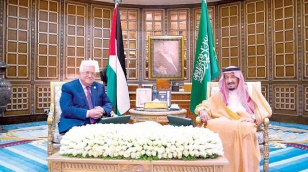 quoc vuong saudi arabia hoi dam voi tong thong palestine