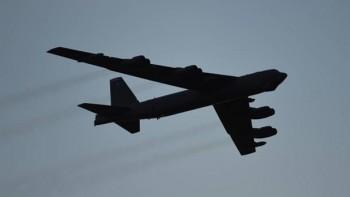 Mỹ điều 2 máy bay ném bom B-52 qua biển Nhật Bản đáp trả Triều Tiên?