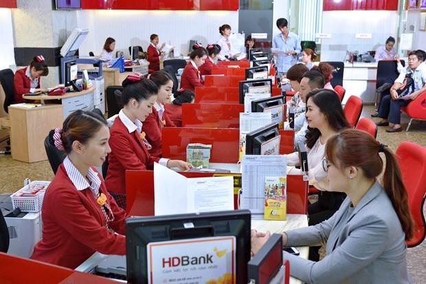 top 10 ngan hang co loi nhuan tot nhat do vietnam report binh chon