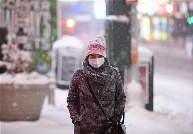 COVID-19 tới 6h sáng 3/1: Anh lại lập kỷ lục ca nhiễm mới; Tokyo đề nghị tình trạng khẩn cấp