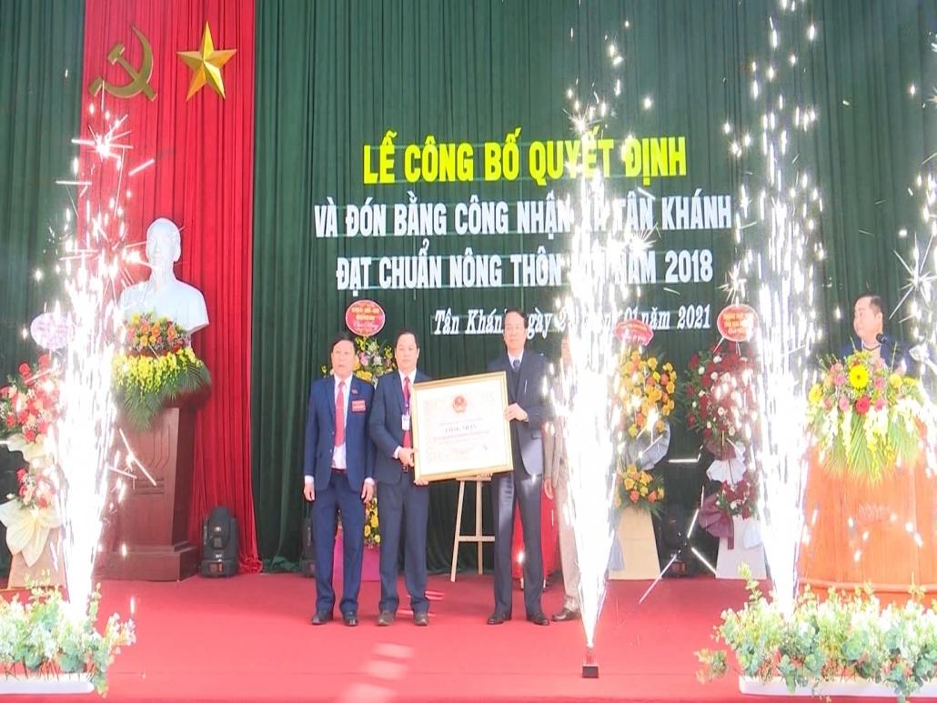 Công bố xã Tân Khánh, huyện Phú Bình đạt chuẩn nông thôn mới