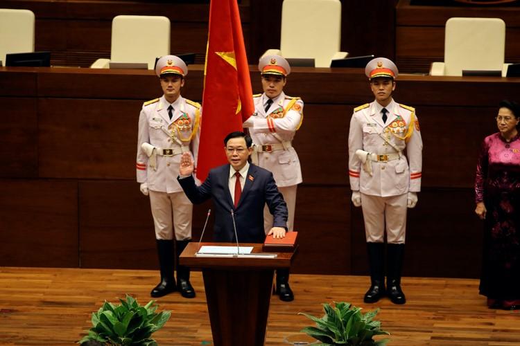 Đồng chí Vương Đình Huệ được Quốc hội bầu giữ chức Chủ tịch Quốc hội với số phiếu rất cao