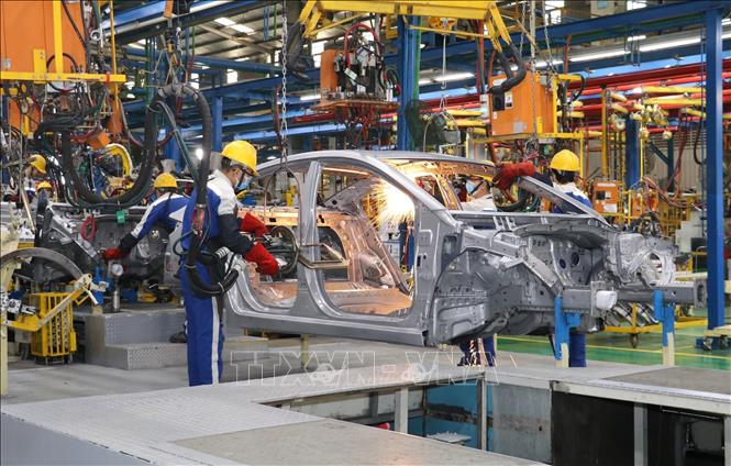 Thủ tướng chỉ đạo khẩn về phòng chống dịch COVID-19 tại các khu công nghiệp