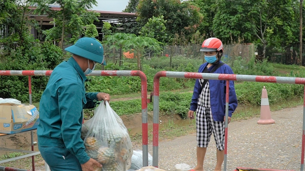 Bên trong vùng cách ly xã Dương Thành, Phú Bình