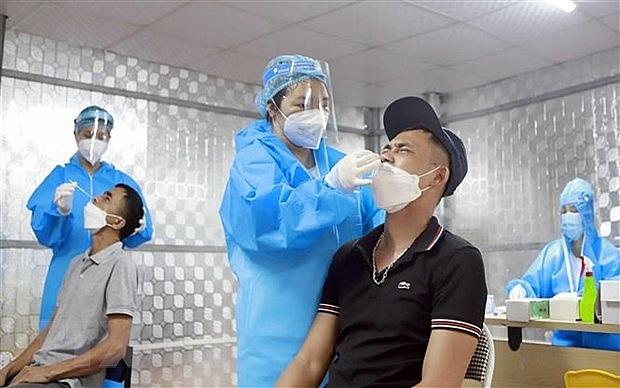 Số ca mắc COVID-19 của Việt Nam vượt ngưỡng 90.000 ca | Y tế | Vietnam+ (VietnamPlus)