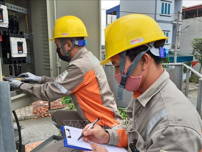 Chính phủ đồng ý giảm tiền điện 2 tháng cho người dân do ảnh hưởng dịch COVID-19