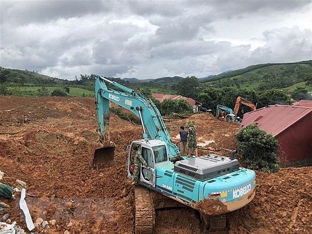 Sạt lở ở Quảng Trị: Đã tìm được 10 thi thể, dồn tổng lực thông đường | Xã hội | Vietnam+ (VietnamPlus)