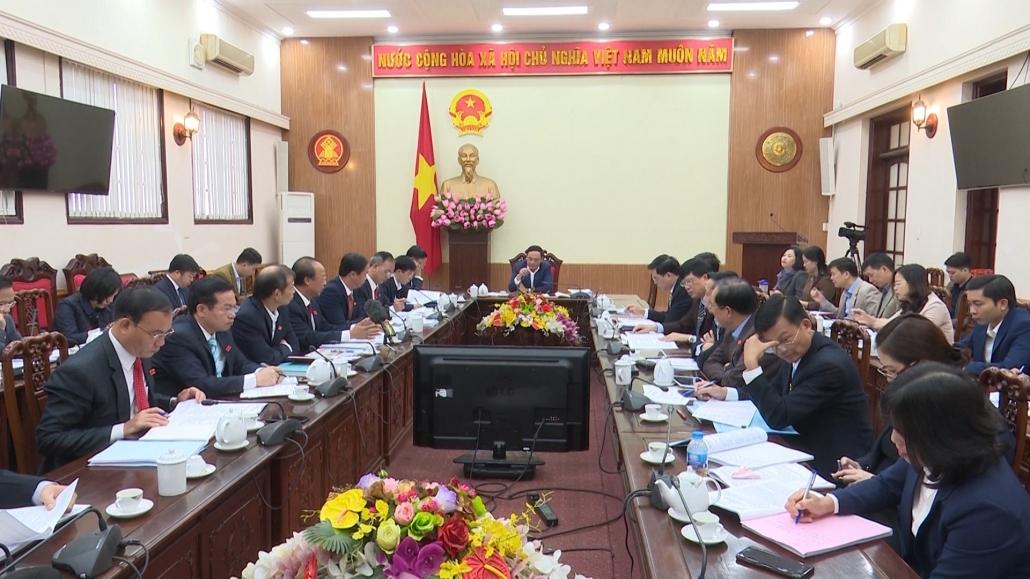 Thảo luận, cho ý kiến vào các nội dung chuyên đề trình tại Kỳ họp thứ 12, HĐND tỉnh Thái Nguyên khóa XIII
