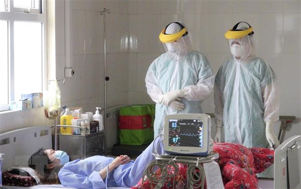 Thủ tướng gửi thư động viên các thầy thuốc, cán bộ, nhân viên y tế