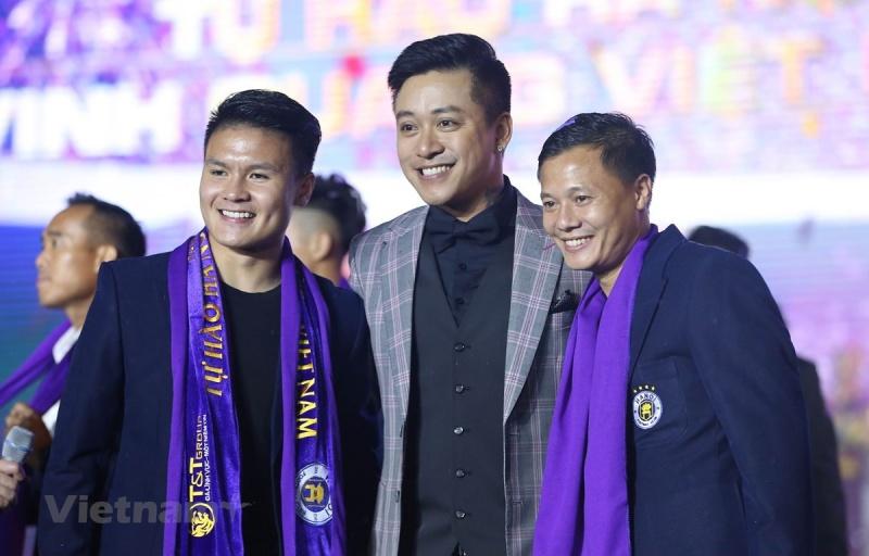 Quang Hải và Hà Nội FC chia sẻ lợi nhuận từ quảng cáo như thế nào?
