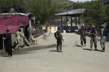 danh bom lieu chet nham tai afghanistan it nhat 40 nguoi thuong vong
