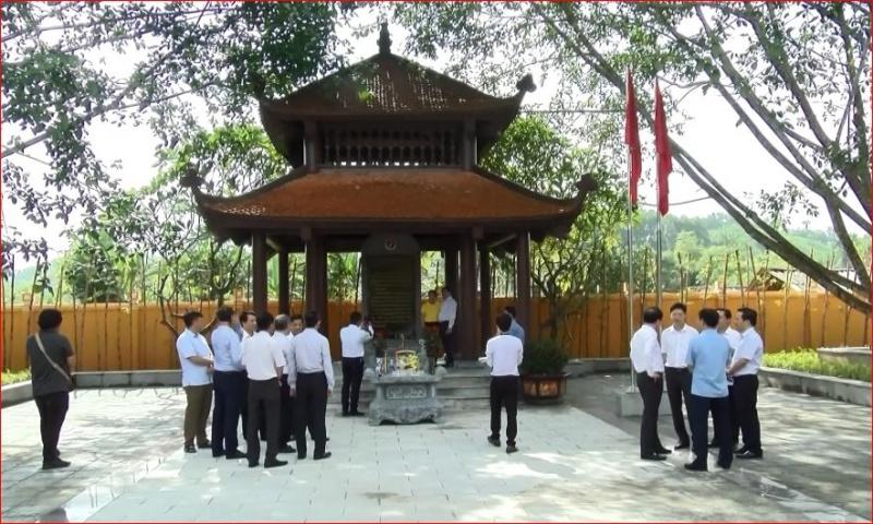 Bộ Thông tin và Truyền thông dâng hương tại ATK Định Hóa nhân dịp kỷ niệm 75 năm Ngày truyền thống