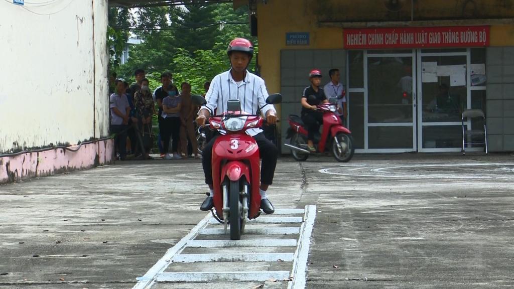 Những chuyển biến tích cực từ hoạt động thi, cấp giấy phép lái xe mô tô