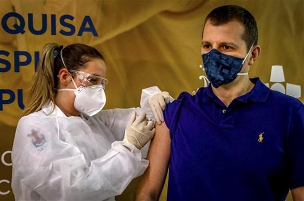 Ca tử vong đầu tiên trong quá trình thử nghiệm vắcxin COVID-19