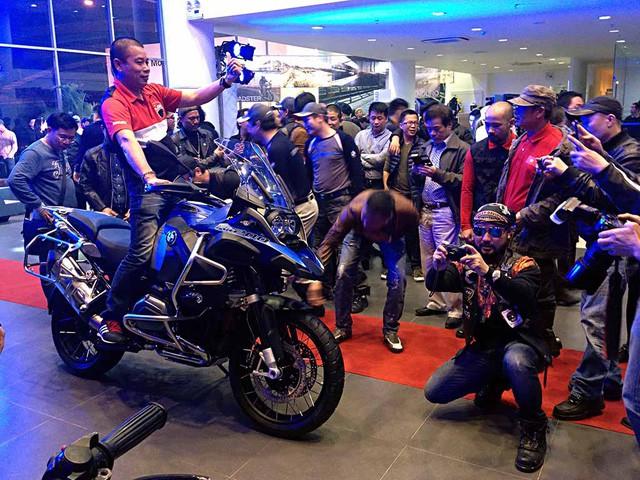 bmw motorrad van se duoc nhap khau chinh thuc ve viet nam
