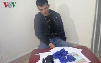 Mua 4.000 viên ma túy chưa kịp bán kiếm lời đã bị bắt
