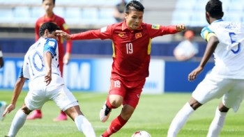 Quang Hải đứng đầu cả 2 cuộc bình chọn của AFC sau vòng bảng Asian Cup 2019