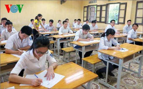 Thủ tướng yêu cầu chủ động trong tổ chức thi THPT, tuyển sinh đại học