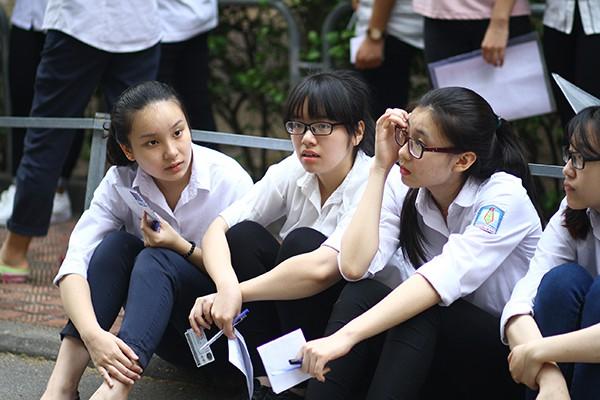 van cong diem thi nghe pho thong trong tuyen sinh nam 2018 2019