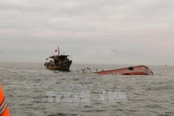 Tìm thấy thi thể 2 ngư dân mất tích trong vụ chìm tàu cá ở Bạc Liêu