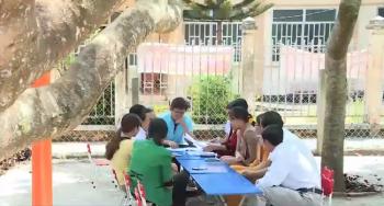 Lâm Đồng dừng truy thu phụ cấp dôi dư của giáo viên