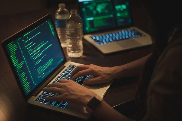 hacker trung quoc tan cong hang chuc truong dai hoc tren toan cau de lay cap bi mat quan su