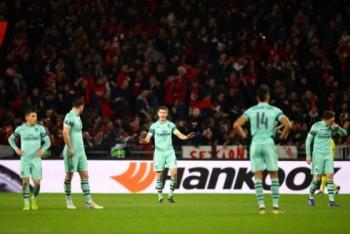 Europa League: Chelsea thắng dễ, Arsenal thua đau