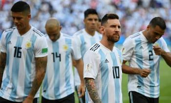 messi tro lai doi tuyen argentina