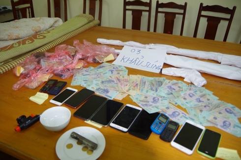 15 con bac mang theo sung de sat phat tai hung yen