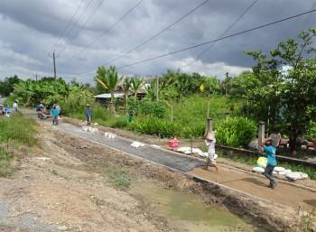 Người Khmer chung tay xây dựng phum sóc