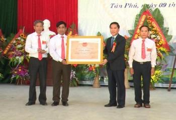 Xã Tân Phú đón nhận chuẩn nông thôn mới
