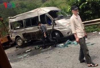 Vụ 2 ô tô đâm nhau trực diện ở Lạng Sơn: 3 người thương nặng