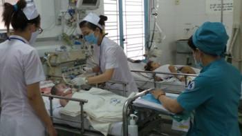 Bệnh tay chân miệng ở trẻ em vào mùa