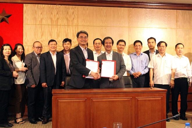 Hỗ trợ Đại học Quốc gia Hà Nội phát triển sản phẩm trí tuệ