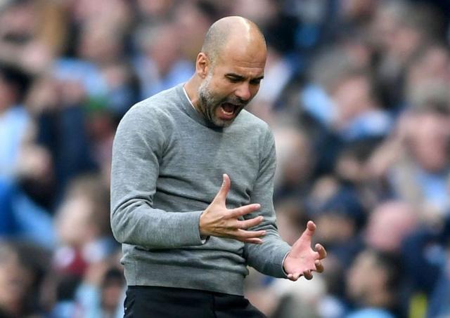 vo dich premier league pep guardiola sanh ngang mourinho