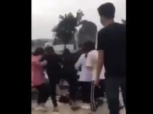 da xac minh duoc mot so hoc sinh trong clip danh hoi dong nu sinh