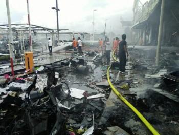 Đánh bom liên tiếp rung chuyển miền nam Thái Lan, 40 người bị thương