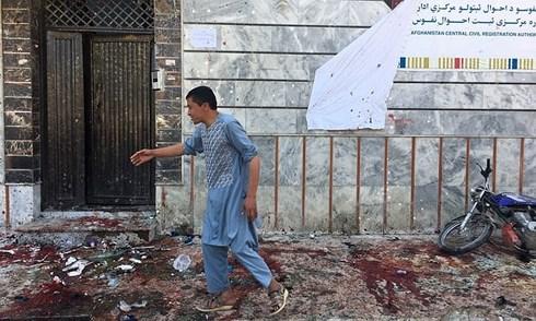 afghanistan danh bom diem bau cu lam gan 40 nguoi thuong vong