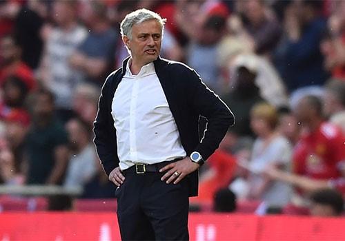mourinho lam vao bi kich cua ke loi thoi