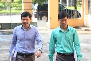 luat su nghi ngo bac si luong phai chiu toi thay lanh dao benh vien