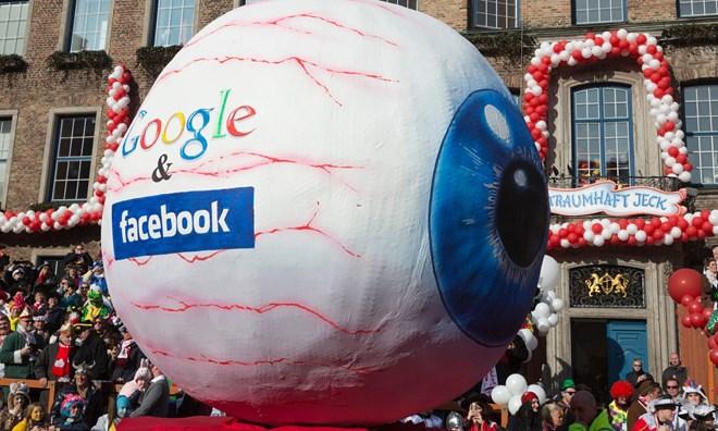 google va facebook co the mat hang trieu bang tien quang cao
