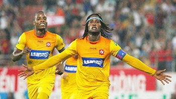 vong 12 v league 2018 hagl nga dau hai phong vao top 3