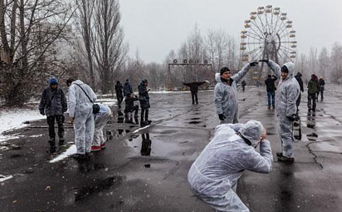 khach do xo toi thanh pho ma chernobyl vi con sot phim tren hbo
