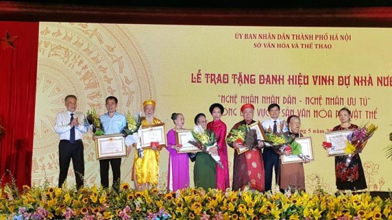 tran tro chuyen dai ngo danh cho cac bau vat nhan van song
